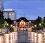 「Tokyo station after the rain」